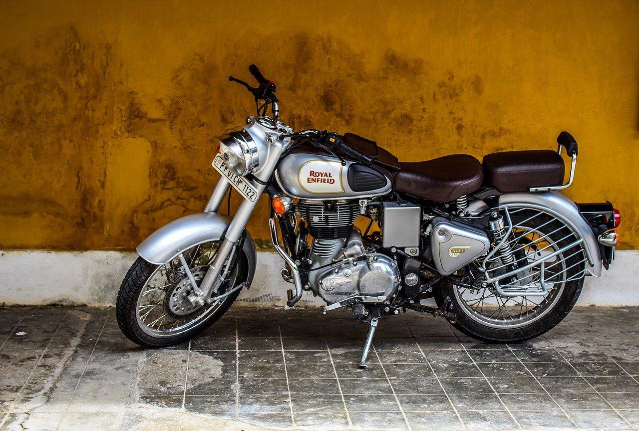 Quels papiers sont nécessaires pour vendre une moto ?